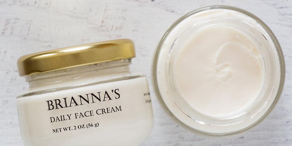 Лучшие крема для лица после 50 лет